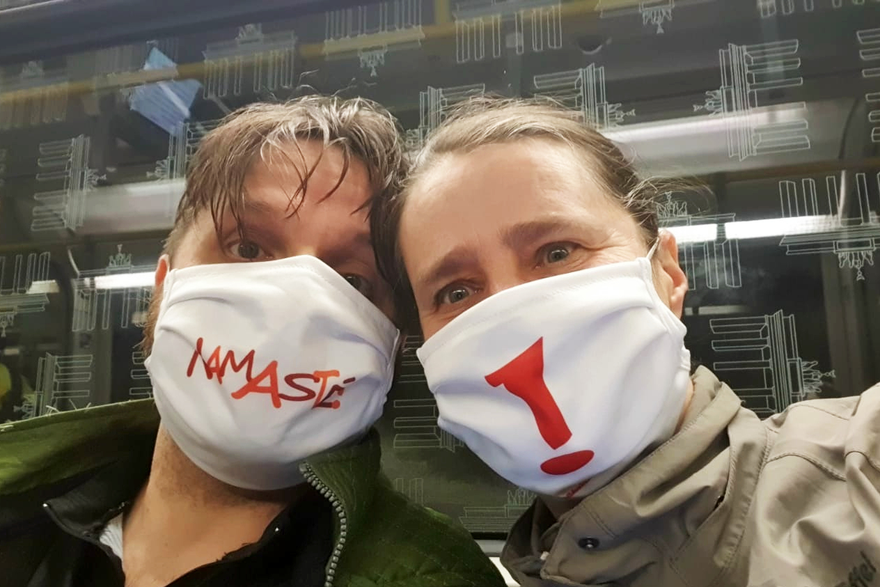 Namaste! Atemmaske Gesichtsmaske Schutzmaske Mund-Nasen-Bedeckung Wildes Leben Berlin